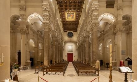 La Basilica di Santa Croce a Lecce risplende di nuova luce con le soluzioni IGuzzini
